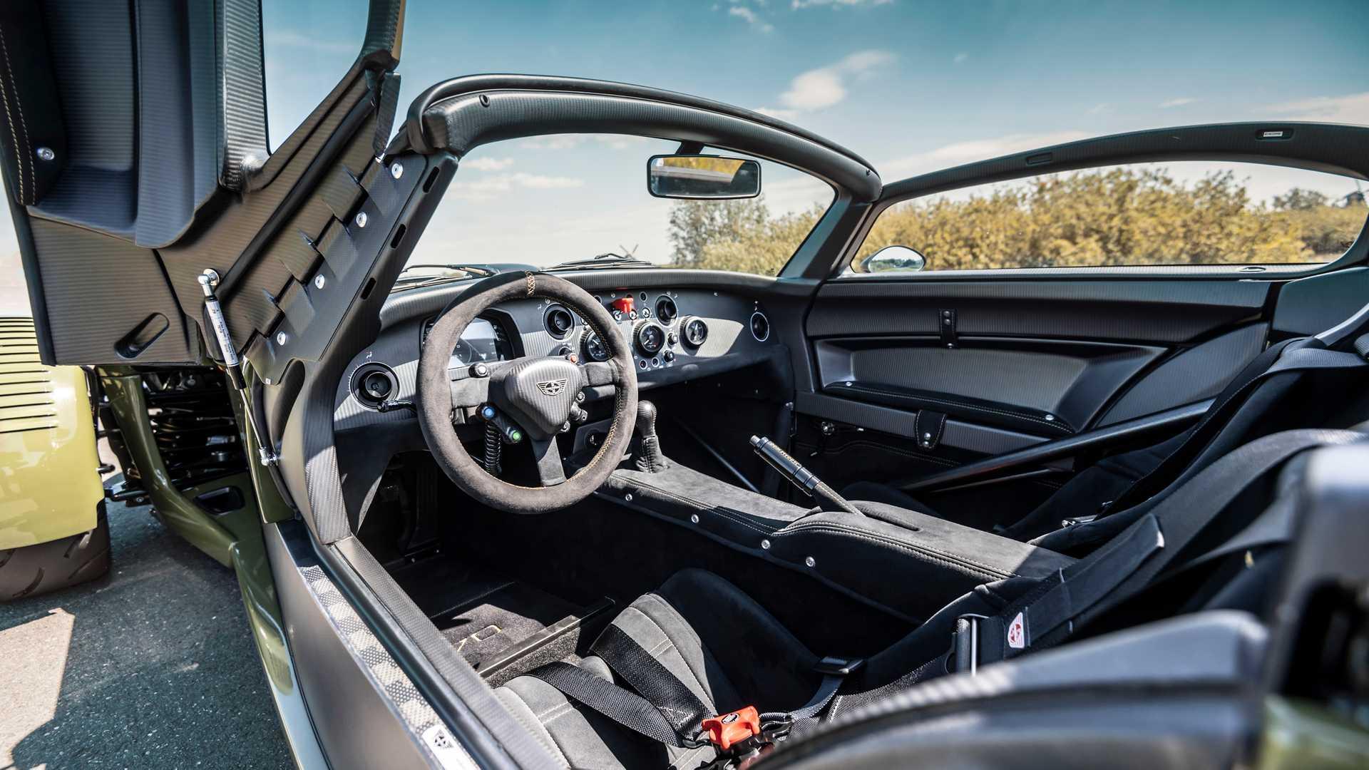 Donkervoort D8 GTO JD70, kart-ul 2G de șosea