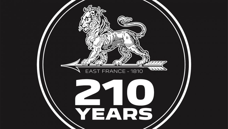 Aniversare Peugeot 210 ani