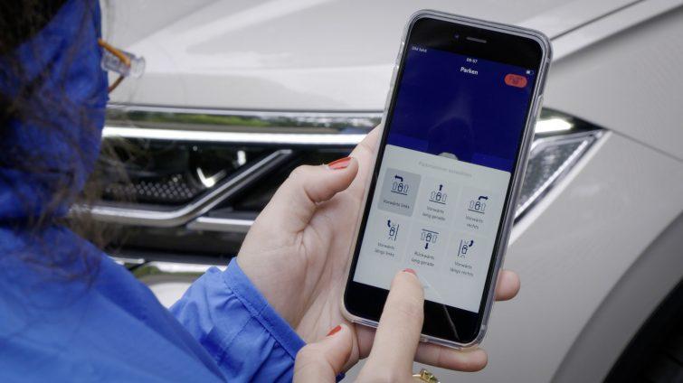 Volkswagen Touareg parcare automată