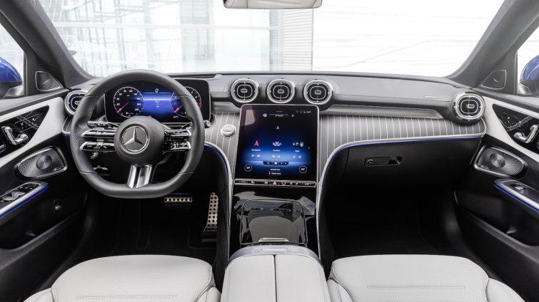 Mercedes Clasa C - interior