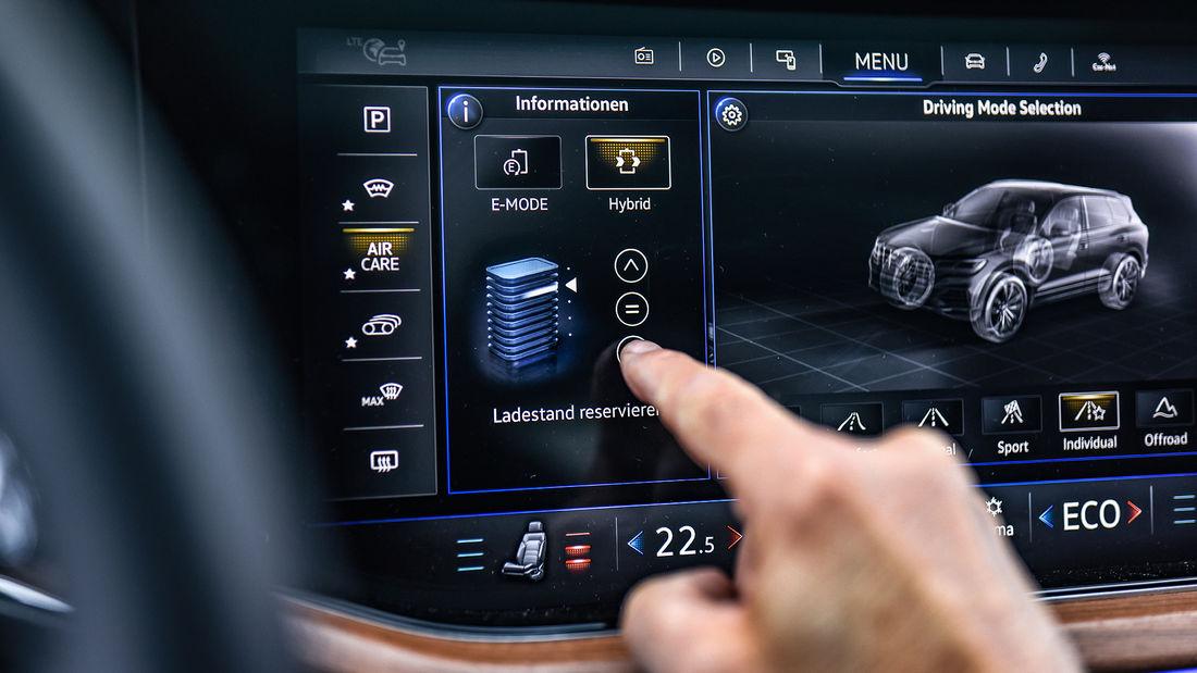 test VW Touareg eHybrid