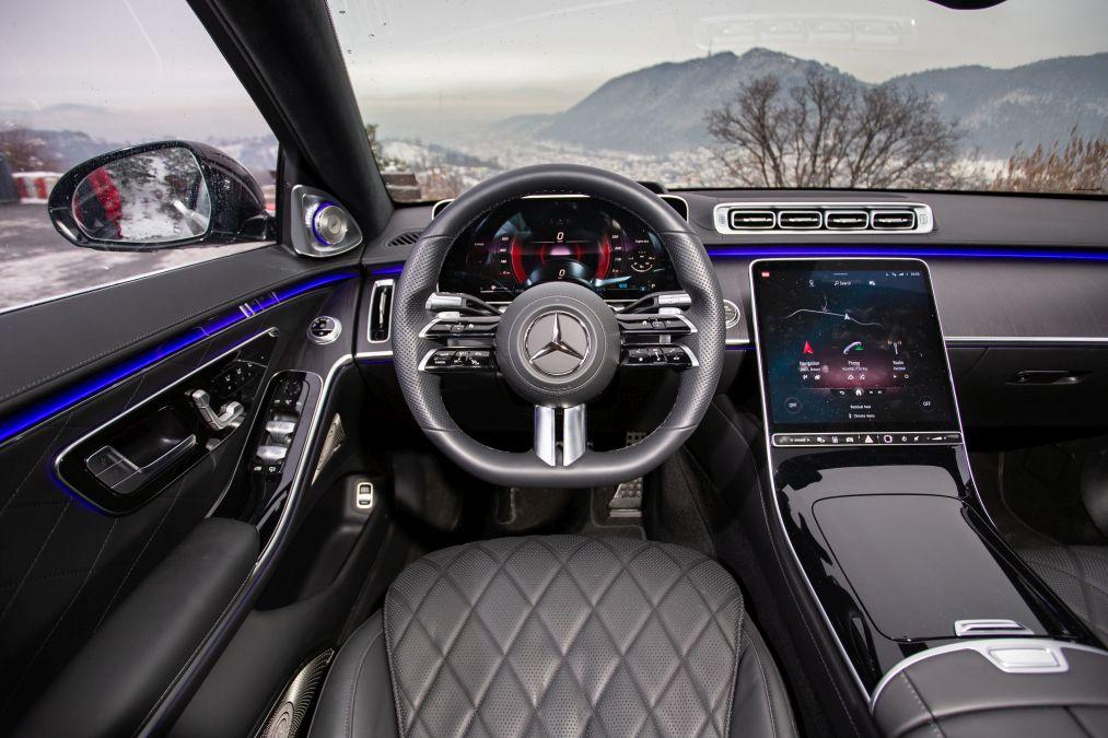 plansa de bord Mercedes S-Class 2021