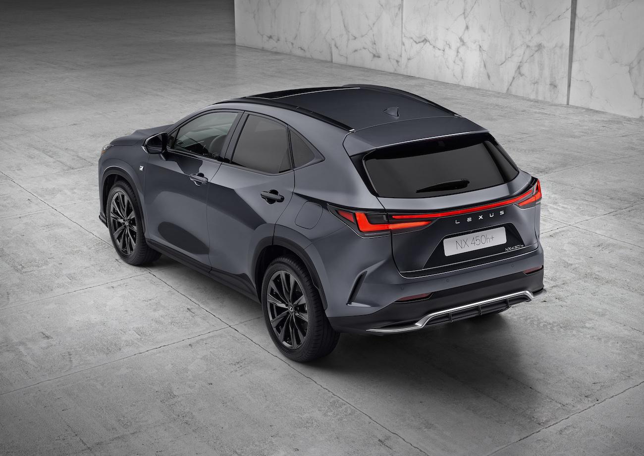 Lexus NX 2021 rear