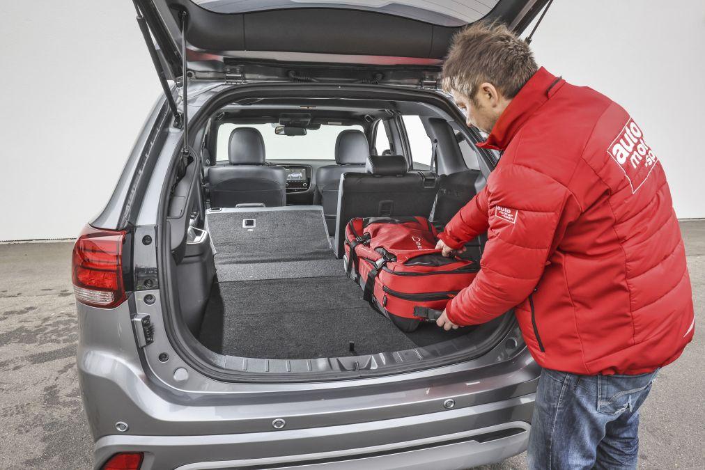 test comparativ PHEV Mitsubishi Outlander