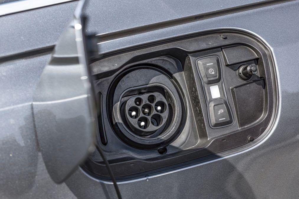 Audi A8 60 TFSIe
