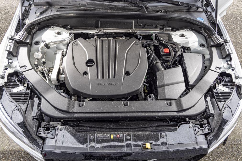 motor Volvo XC60