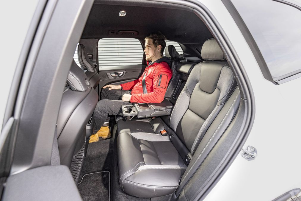 locuri spate Volvo XC60