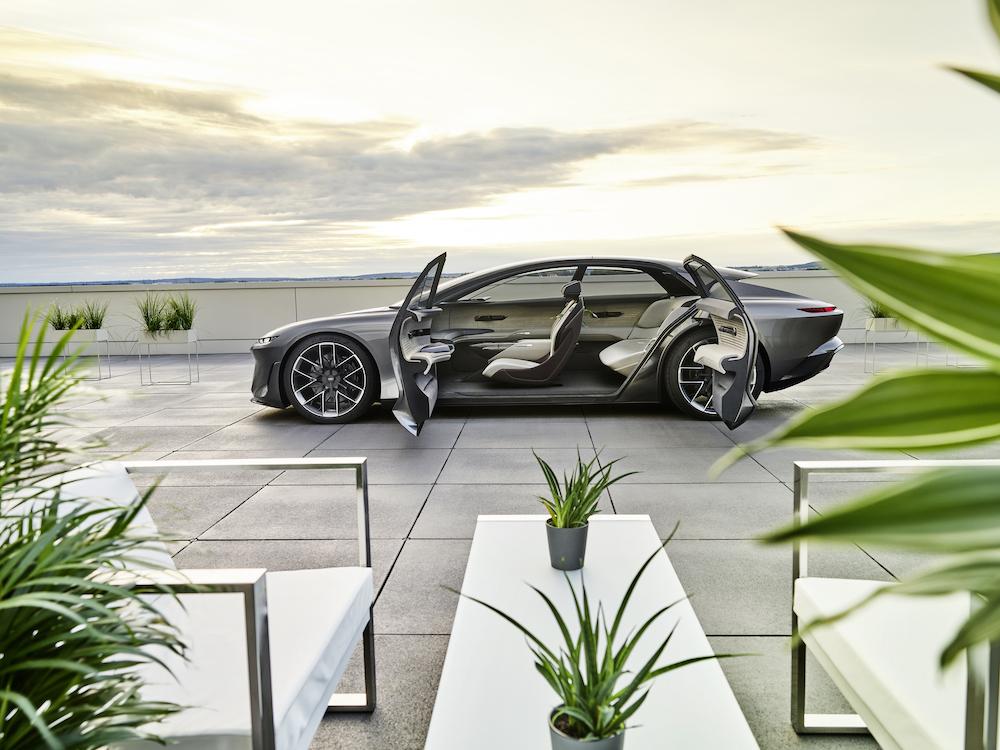 Audi GrandSphere concept_26